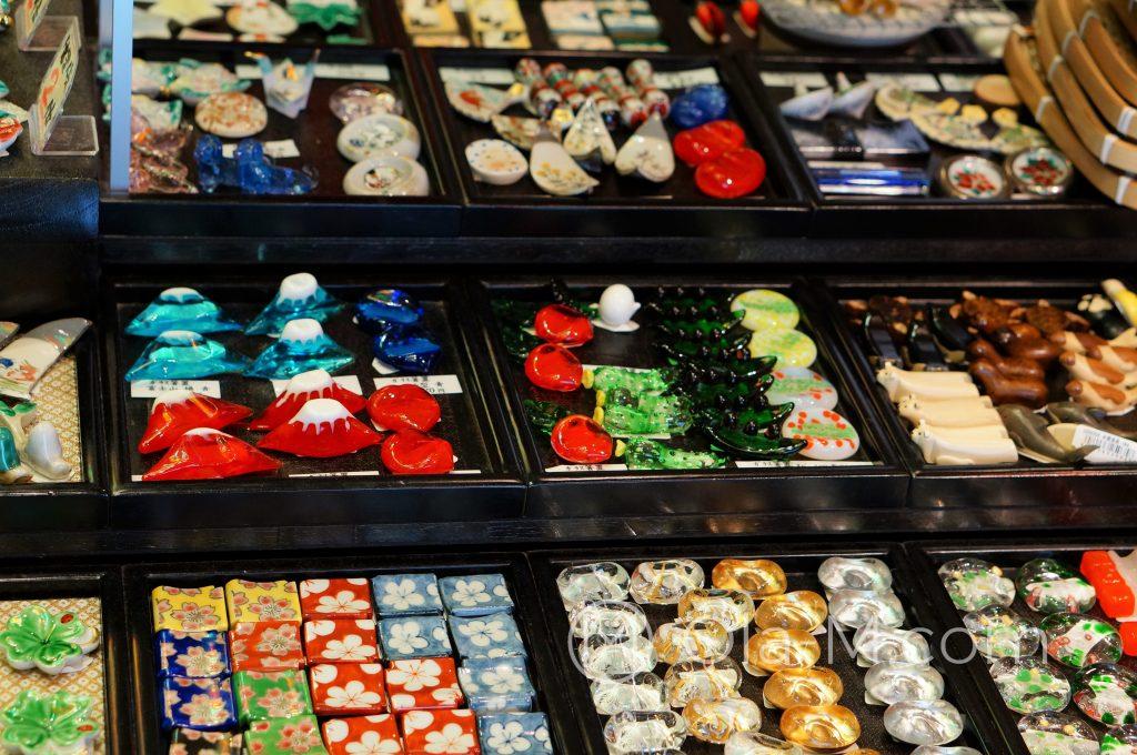 Kioto, targ Nishiki, podstawki do pałeczek