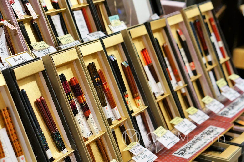 Kioto, targ Nishiki, pałeczki