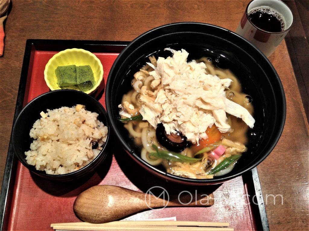 Kuchnia Japońska - zestaw obiadowy, w roli głównej yuba, czyli kożuch z tofu