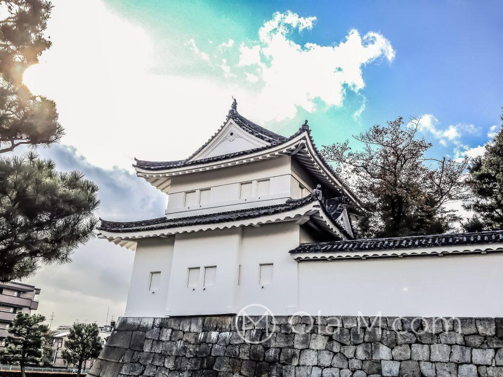 Japonia - Kioto - Twierdza Nijo - widok z zewnątrz