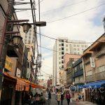 Tokio - Asakusa - zachowało się tu jeszcze sporo domów z lat 50-tych i 60-tych
