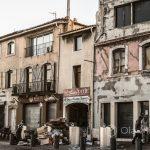 Marsylia - Stary Port - w dzień roi się od turystów, w nocy jest to szemrana okolica