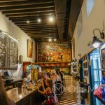 Malaga - Bodega El Pimpi - słodkie wino z Malagi, piwo lub dobra kawa - czego dusza zapragnie