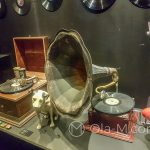 Malaga - Interaktywne Muzeum Muzyki - a tutaj znany motyw pieska zasłuchanego w muzyce przy tubie gramofonu