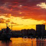 Port w Maladze - dramatyczne niebo i widok w stronę centrum