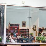 Malaga - ogród botaniczny - Barbie House - zachwyciły nas misternie uszyte stroje i precyzyjne mebelki