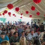 Feria de Ronda, zwana też świętem Pedro Romero - w namiotach panuje gwar i świąteczna atmosfera, w kilku na żywo grała muzyka