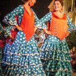 Andaluzja - Feria de Ronda 2018 - dziewczyny w tradycyjnych sukienkach do flameco
