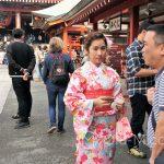 Tokio, Świątynia Senso-ji - podobno większość wypożyczających te kimona, to nie Japończycy, a Koreańczycy