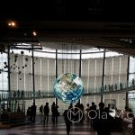 Tokio - Muzeum Miraikan na wyspie Odaiba - kulę ziemską można podziwiać ze wszystkich stron