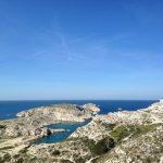 Marsylia - wyspa Ratonneau jest jedną z czterech wysp w archipelagu Frioul