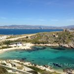 Marsylia - wyspa Ratonneau ma kilka pięknych zatoczek - można się tu wybrać na piknik lub na plażowanie