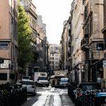 Marsylia - Stare Miasto między Starym Portem i Operą - siódma rano i miasto powoli budzi się do życia