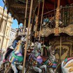 Marsylia - Marsylia - Marsylia - La Belle Epoque Carrousel- zwiedzanie z dziećmi - przejażdżka karuzelą to miłe urozmaicenie dla maluchów