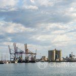 Port w Maladze - widok na przemysłową część portu