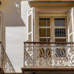 Malaga - Stare Miasto - jeden z pięknych starych balkonów