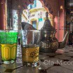 Malaga - Teteria Palacio Nazari - tradycyjna arabska herbata zaparzana w metalowym czajniczku