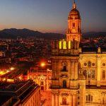 Andaluzja - Malaga widok na katedrę z tarasu hotelu AC Hotel Malaga