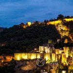 Andaluzja - Malaga - widok na wzgórze Gibralfaro z tarasu hotelu AC Hotel Malaga