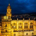Andaluzja - Malaga - widok na katedrę z tarasu hotelu AC Hotel Malaga