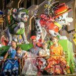 Andaluzja - Feria de Ronda 2018 - parada - wystrojone dzieci na jednej z platform