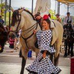 Andaluzja - Fiesta - Feria de Ronda - nie wiadomo, kto tu piękniejszy, koń, czy Hiszpanka...
