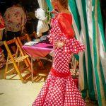 Andaluzja - Fiesta - Feria de Ronda - białe kropki na czerwonym tle to ponoć najbardziej tradycyjny wzór na sukienkach flamenco