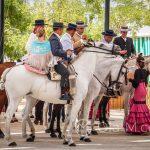 Andaluzja - Fiesta - Feria de Ronda - eleganckie towarzystwo na eleganckich koniach