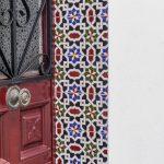A tutaj azulejos na futrynie drzwi