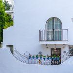 Biała wioska Mijas - malownicze detale architektoniczne