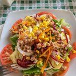 Andaluzja - Ronda - Restauracja Las Banderas - Ensalada Mixta, czyli wszystkie możliwe warzywa plus tuńczyk