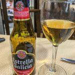 Ronda - Restauracja Restaurante Casa Quino - a dla kierownika wycieczki piwo Estrella